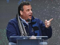 New Jersey Governor Chris Christie speaks as he attends the Super Bowl Hand-Off Ceremony at the Boulevard fan zone ahead of Super Bowl XLVIII in New York February 1, 2014. CREDIT: REUTERS/EDUARDO MUNOZ