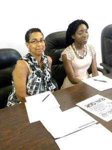 (L-R) Associate Professor and Assistant Director of Community Health Programmes and Research of the University of the Virginia School of Medicine Dr. Jeanita Richardson, and PhD student Ms. Seleena Moore