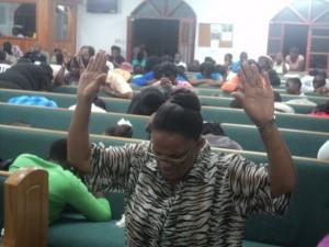 prayer con crowd